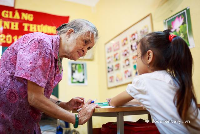 Bà giáo Hồ Hương Nam