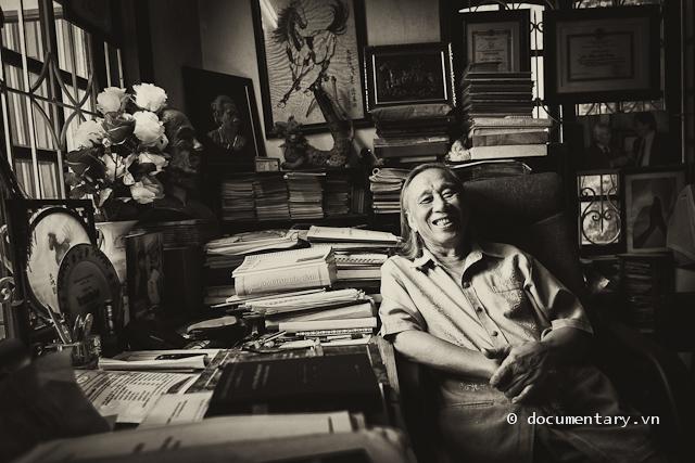 GS Phạm Đức Dương tại nhà riêng, Hà Nội, chiều nay.