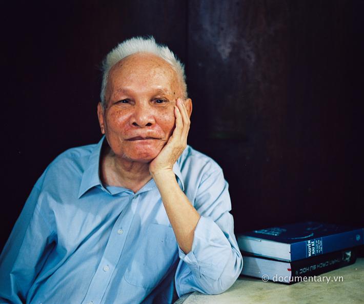 NGND Phan Đại Doãn - nguyên giảng viên Khoa Lịch sử. Hà Nội, tháng 8/2014.