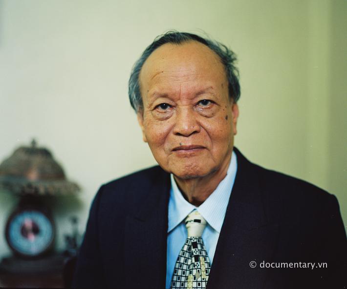 NGƯT Đỗ Xuân Hà - nguyên giảng viên Khoa Báo chí và Truyền thông. Hà Nội, tháng 8/2014.