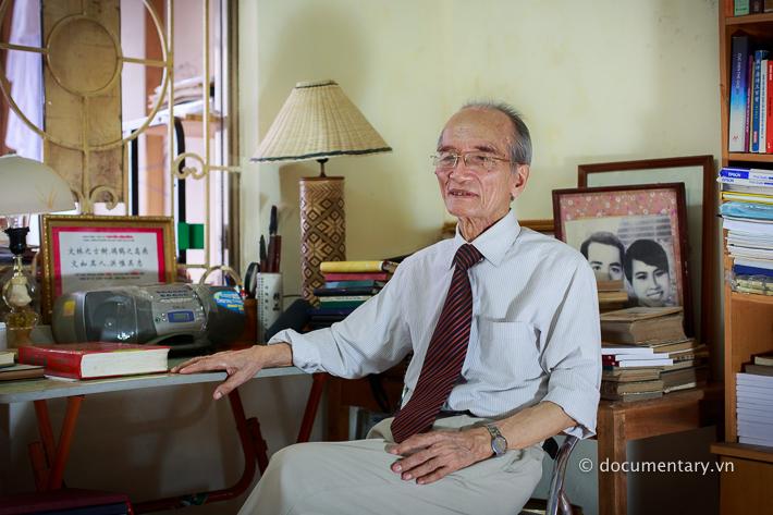 NGND Nguyễn Văn Hồng - nguyên giảng viên Khoa Đông phương học. Hà Nội, tháng 8/2014.