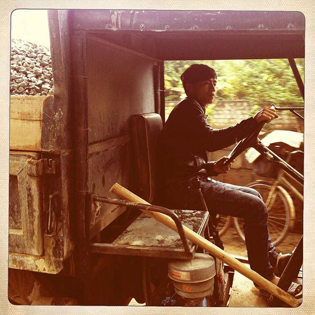 [Instagram] Lái xe công nông #driver #hanam
