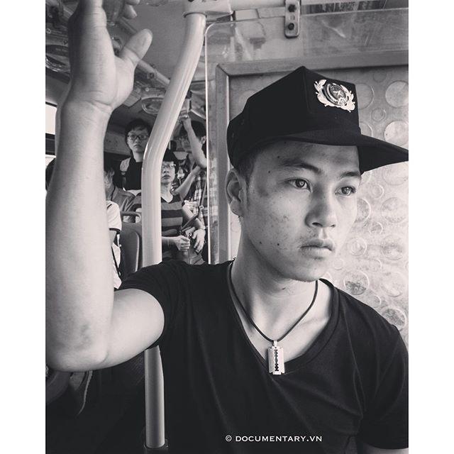 [Instagram] #man #security #bus #hanoi #vietnam