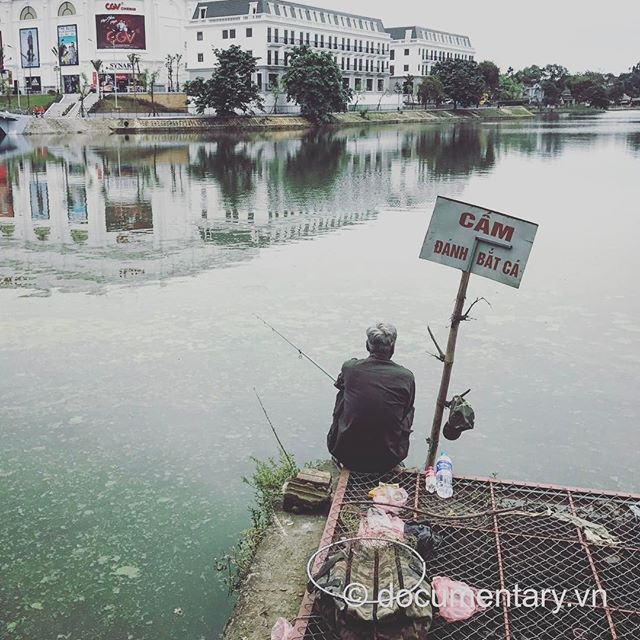 [Instagram] #man #fishing #prohibited #lake #reflection #yenbai #vietnam